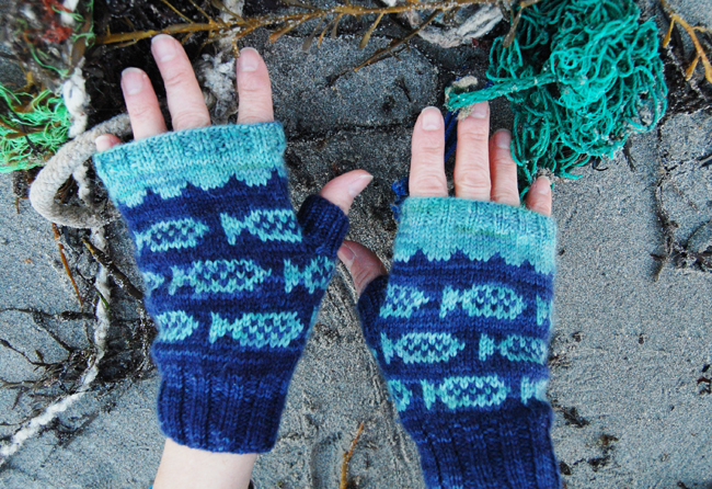 FishMitts.1
