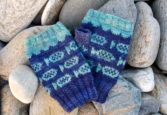 FishMitts.4